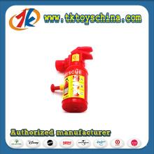Kinder spielen Feuerlöscher Squirter Wasser Shooter Spielzeug