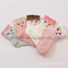 Estilo verão malha Design meias de algodão com padrão de veado