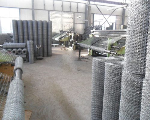 hexagonal wire mesh production 2