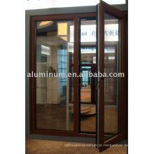 Alumínio e janelas de madeira