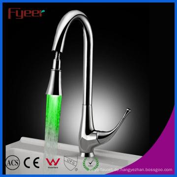 Ausziehspray 3 Farbe LED Spüle Wasserhahn (QH0760F)
