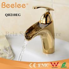 Robinet de bassin d'évier de salle de bains plaqué or