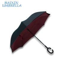 Coupe-vent en gros 190T Pongee Double couche mains libres C poignée Logo Imprime personnalisé inversé inversé parapluie à l'envers
