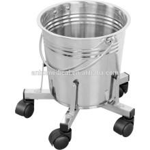 Cubo de riego 12L con ruedas de acero inoxidable