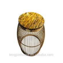 Oeil de tigre jaune CANOSA avec table basse dorée en acier inoxydable