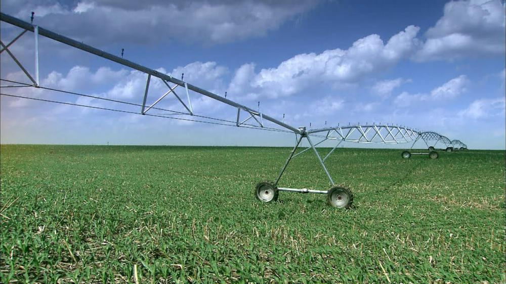 Lateral Move and Centre Pivot Irrigation Systems