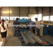 Machine de formage de rouleau de plancher en acier de 2014 en été Chine