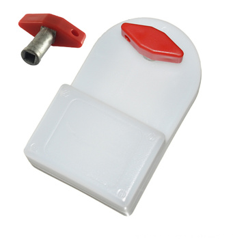 Radiator bleeding key with water tank