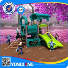 Équipement de terrain de jeu en plein air et en plein air