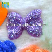 42 * 54 mm de neón AB efecto resina rhinestone perlas collar morado arco