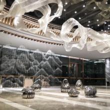 Candelabro de acero inoxidable dorado de decoración de interiores de centro comercial
