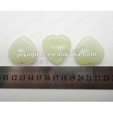 35MM Forme du coeur New Mountain Jade, haute polie, haute qualité, pierre naturelle en forme de cœur