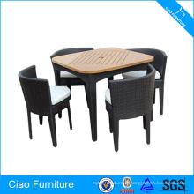 Ensemble de salle à manger en bois en teck avec meubles en rotin