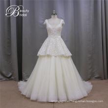 Estilo de moda una línea de vestidos de novia con cuentas