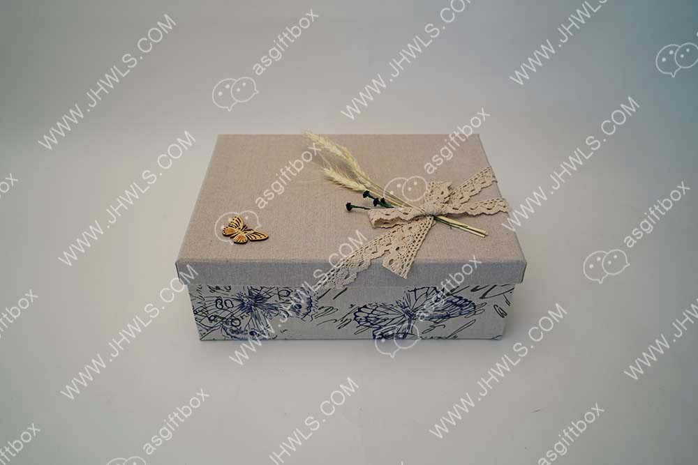 Printed linen cosmetic box