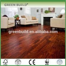 Piso de madeira de teca sólida superfície vermelha lisa