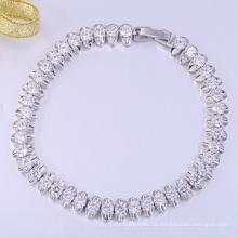 Neues weißes Gold bastelt Armband der frohen Weihnachten