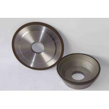 Schleifen von Werkzeugen mit Diamant- oder CBN Schleifmittel