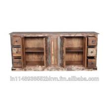 Antique Design Almari