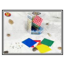5 capas de plástico promocional de tipo cubos mágicos
