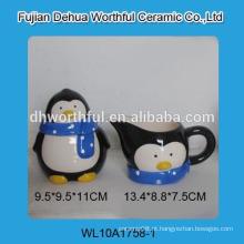 Atacado pingüim bonito em forma de açúcar cerâmica e creamer conjunto com colher