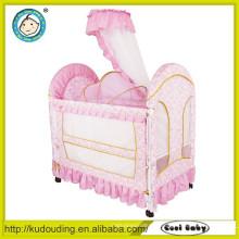 Tot que vende o berço inflável do bebê 2015