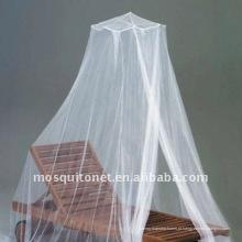 Mosquiteiro tratado com insecticida