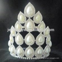 Große verkaufende Prinzessin weiße Strass Hochzeit Festzug Kronen und Tiaras