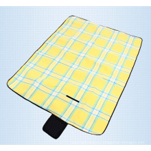 Hot Selling Outdoor Beach Camping Picnic Moistureproof Mat Blanket