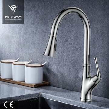 Tradição Single-Handle Table Top Pull Down Kitchen Tap