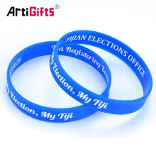 Silicone Wristband Chine Usine Échantillon gratuit Gros Mode Pas Cher Personnalisé Silicium Bracelet