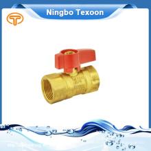Válvula de bola de latón presión nominal 125 psi 1/2 ''