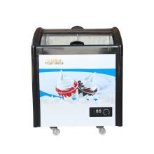 Морозильная камера с мороженым