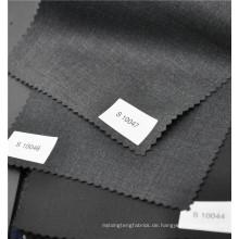 Klassischer schwarzer Twill Kammgarn 70% Wolle 30% Polyestergewebe für Anzugjacke Uniform