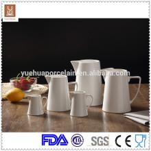 Garrafa de leite / garrafa de leite grande de cerâmica branca com tamanho diferente de 5pcs