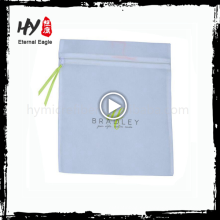 La bolsa de asas laminada no tejida vendedora caliente del cierre de la cremallera hecha en China