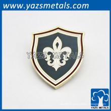 Badges métalliques sur mesure étuis en émail doux