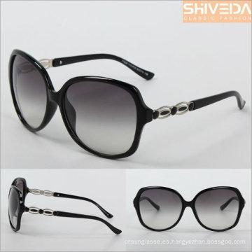 gafas de sol beso marco negro