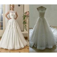 Ilusión escote una línea de vestido de novia