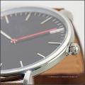Nouvelle arrivée D + W similaire 316L montre japonaise en quartz en acier inoxydable résistant à l'eau 5ATM