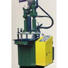 Máquina de moldagem por injeção de cabo plug
