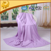 AZO Free Top Qualität Neue Art Silk Material TV Decken Plain Winter Decken mit gebürstet