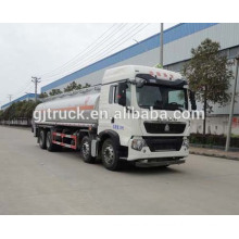 Sinotruk HOWO 8X4 drive fuel truck for 18-35 cubic meter