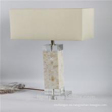 Lámparas de mesa chinas del seashell del precio bajo de la alta calidad con el pedestal cristalino