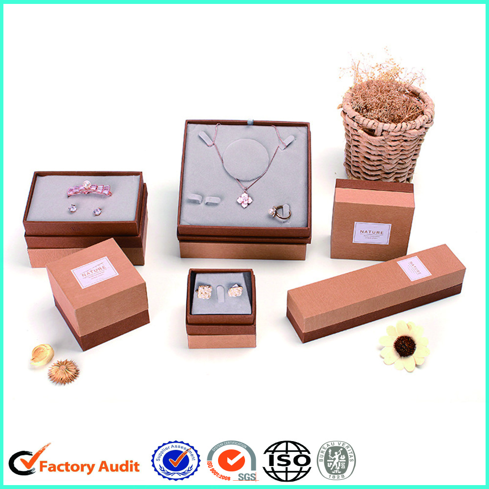 Customize Jewelry Paper Box With Velvet Insert