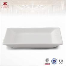 Plat carré en céramique blanche pour l'impression de logo