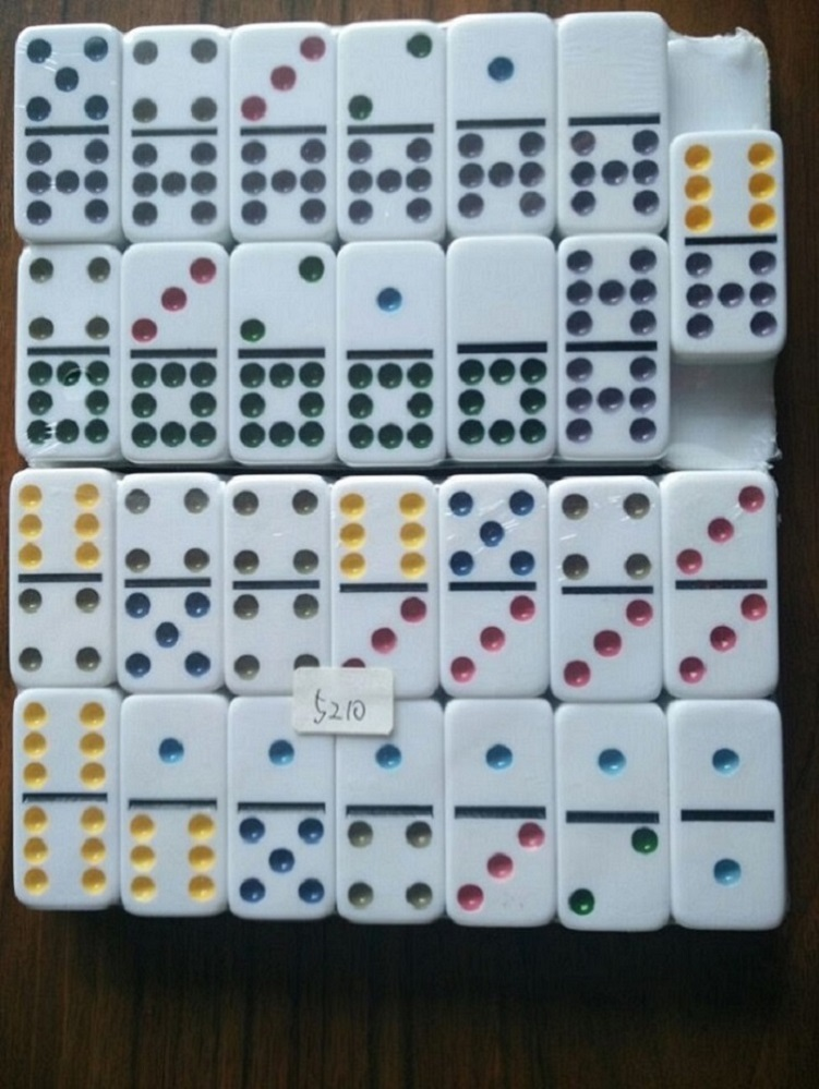 Double 9 Dominoes Game Set In Leather Box