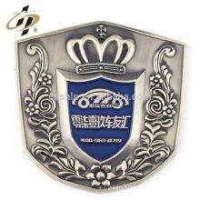 Пользовательские сплав цинка старинное серебро металл автомобилей герба знак