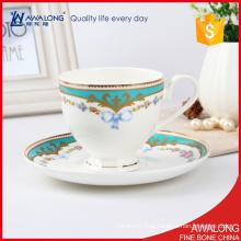 Material de porcelana de ossos finos Conjunto de café europeu / copo de café clássico e pires definido para 6 pessoas