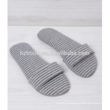 Baumwollgewebe offener Zehenhefterzufuhrbeleg auf Fraueninnenschuhstreifengewebe-Schlafzimmerhefterzufuhr
